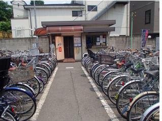 Churinjo 駐輪場 - The correct place to park your bike