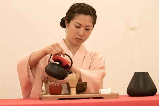 History of Tea Ceremony - 5Ws 1H answered, image, photo, picture, illustration, tea master